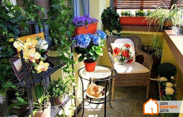 Обустраиваем балкон: 7 лучших идей