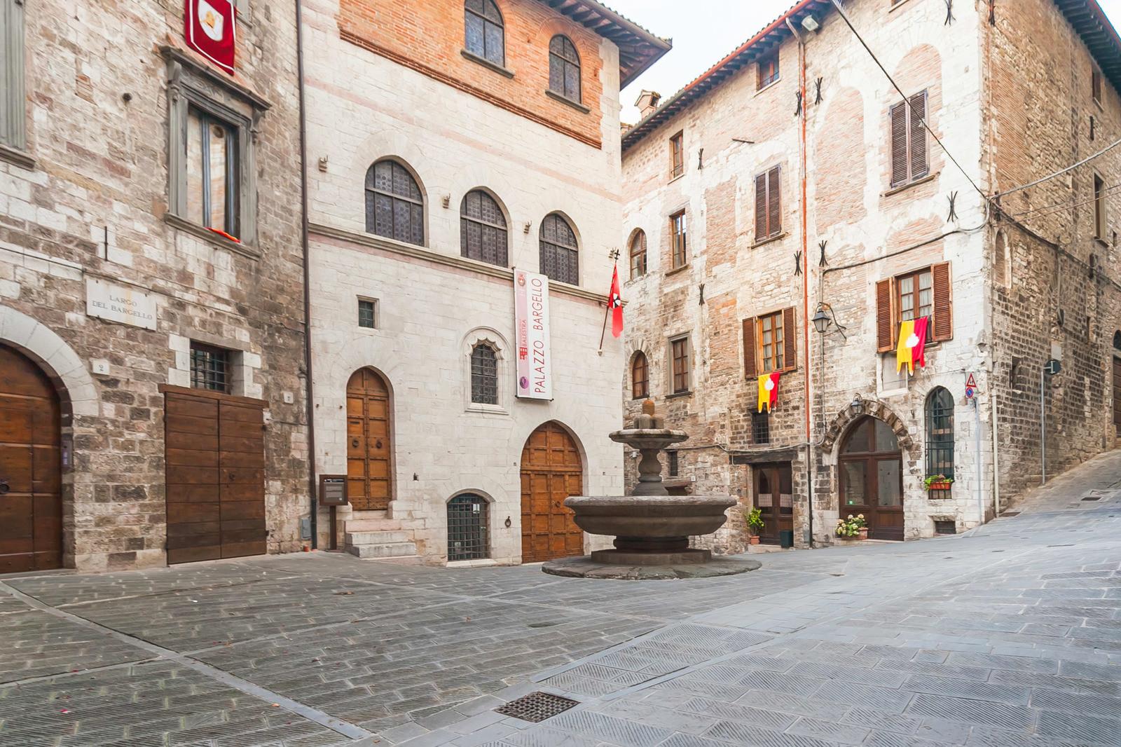 шерсти, кожи фото средневековой площади в италии почте помощью