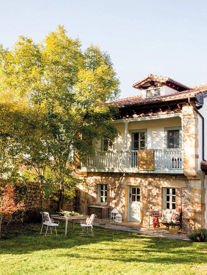 Уютный деревенский дом в Испании