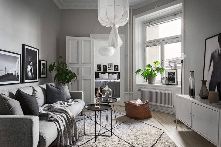 Небольшая квартира в сером (46 кв. м)