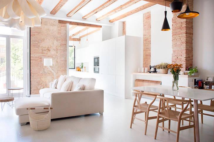 Светлый и теплый интерьер квартиры в Валенсии