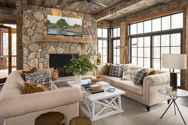 Прекрасный дом из дерева и камня для отдыха семьи в США