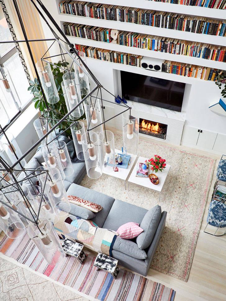 Неординарный дизайн двухэтажной квартиры в Нью-Йорке