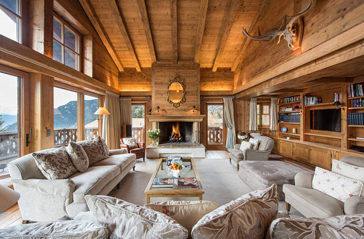 Великолепное традиционное шале в Альпах