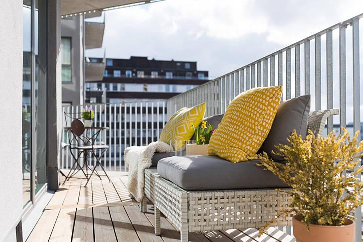 Современная скандинавская квартира залитая светом (70 кв. м)