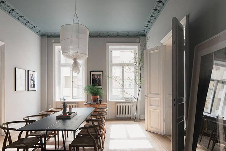 Атмосферная квартира в дымчато-пастельных оттенках в Стокгольме