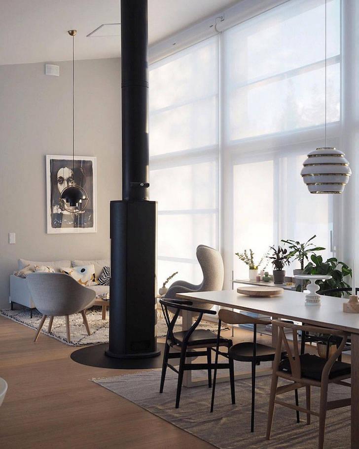Светлая квартира в Финляндии с темной цветочной спальней